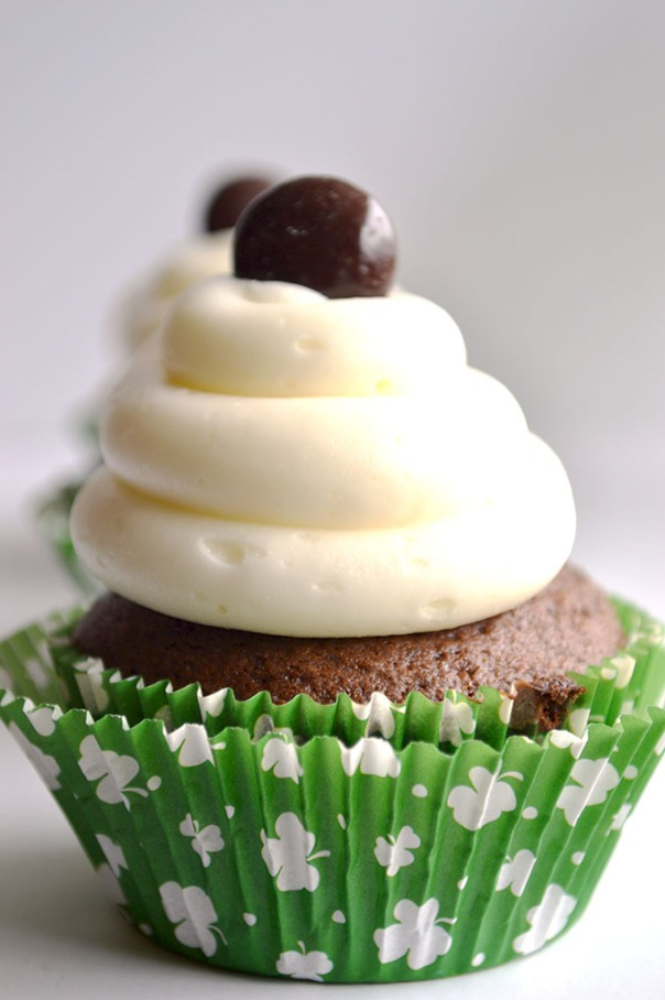 Junior Mints Chocolate Cupcakes